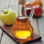 Vinegar workshop for cooking and apples